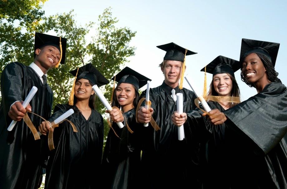 earn bachelor degree online, earn master degree, scholarship, distance learning, study online, online college, online study tips, college tips,