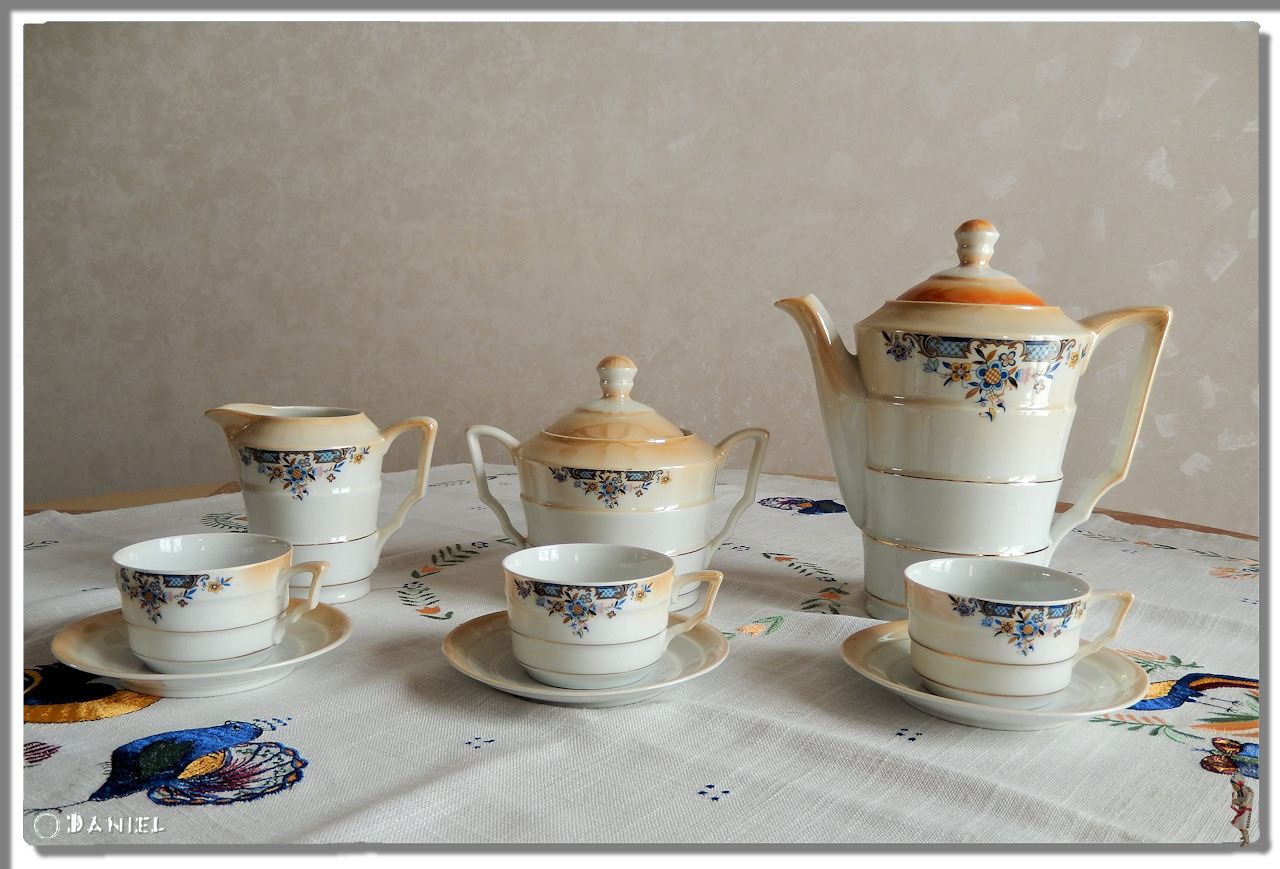 Porcelaine Service Cafe Ivl