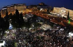 Greece shows the way to a new ''historic bloc''