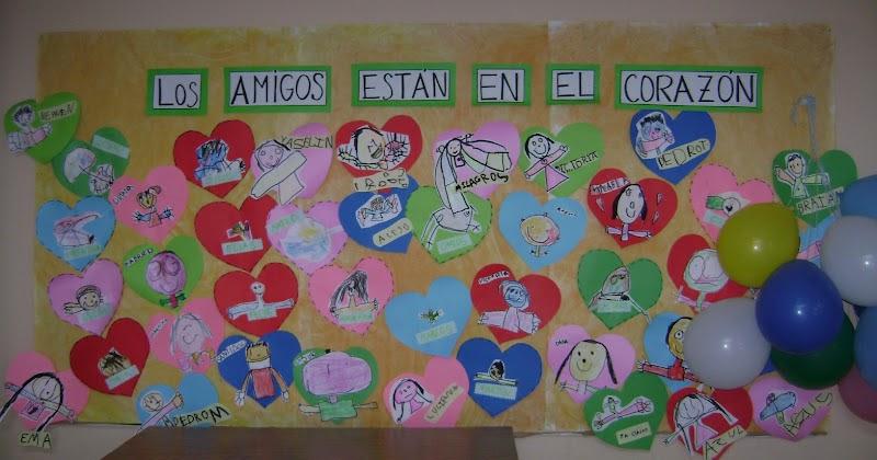 Decoraci n en el jard n de infantes d a del amigo 2012 for Cancion para saludar al jardin de infantes