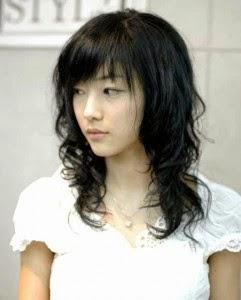 Foto Model  Rambut Mengembang