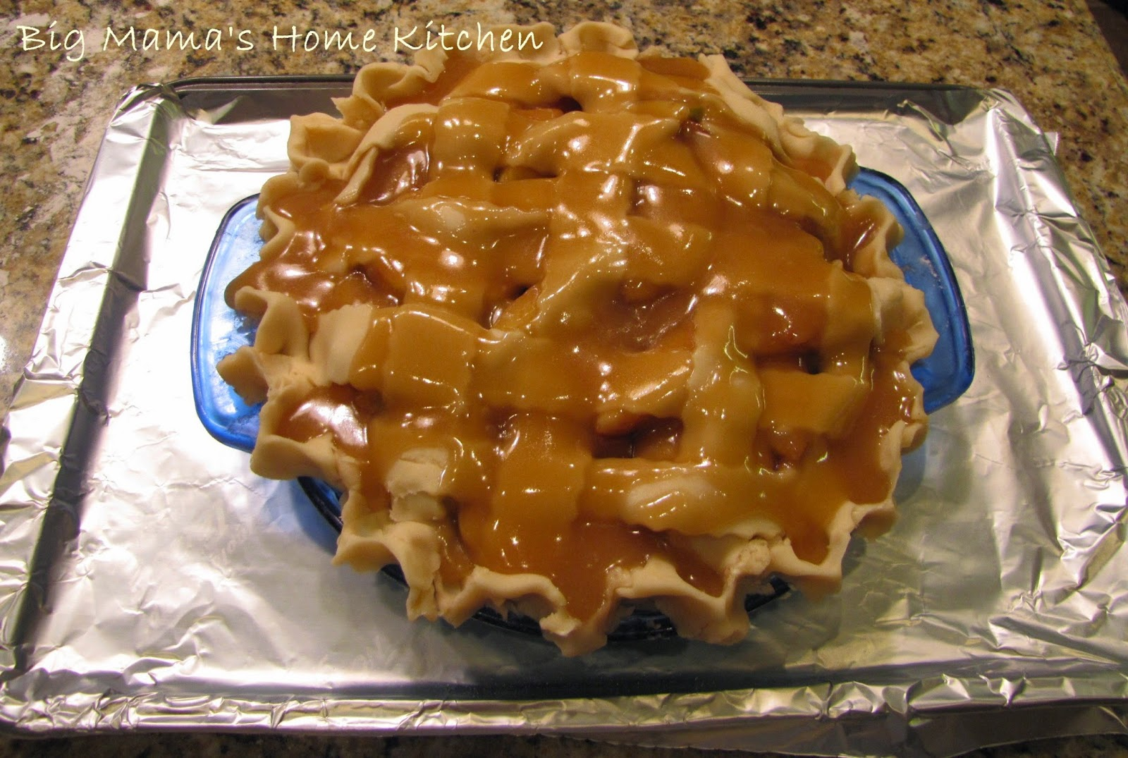Big Mama's Home Kitchen: Caramel Apple Pie