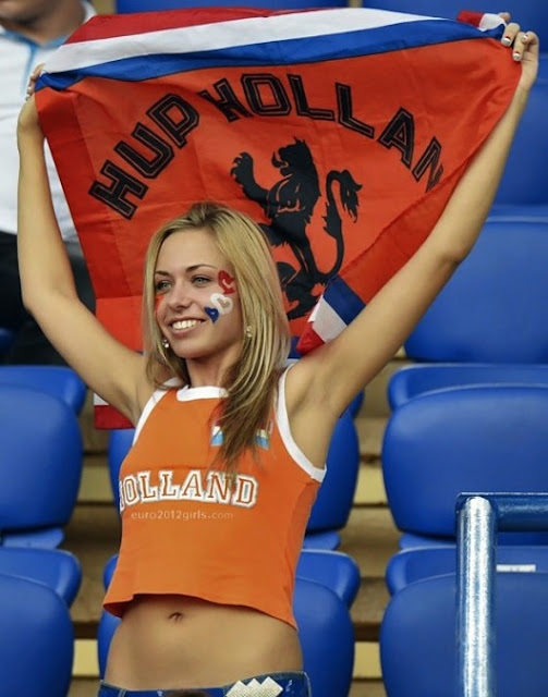 Holland girls fans Euro 2012