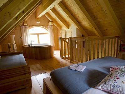 Living in love street maggio 2013 - Vasca da bagno in camera da letto ...