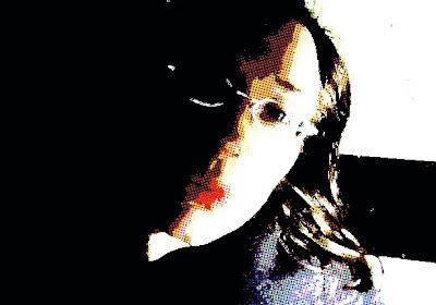 Grafisch verfremdet: die Autorin dieses Blogs mit rotem Kussmund