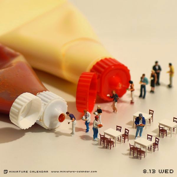Japanese Artist Creates Fun Miniature Dioramas Every Day For 4 Years