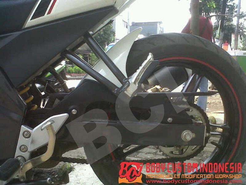 11. Body Belakang New Vixion Lightening model R125 title=