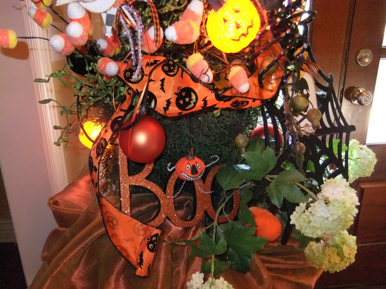 The Vintage Goose: My Halloween Decorations Indoors - My Halloween Decorations