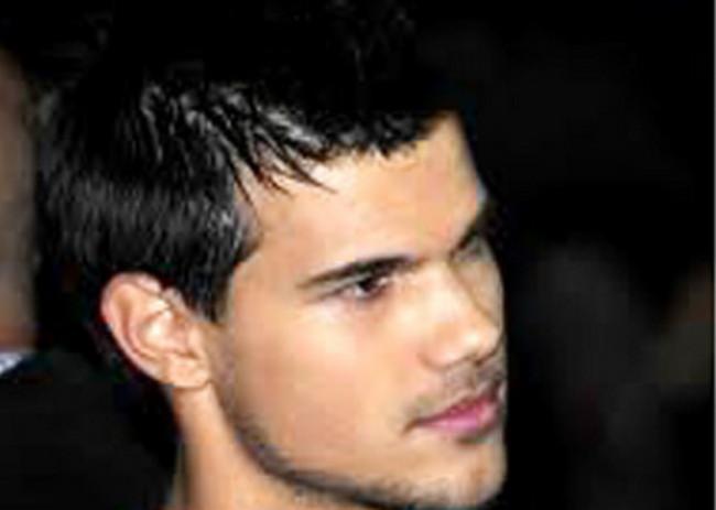 Gaya rambut pria yang aman lainnya adalah rambut pendek dan tipis ala