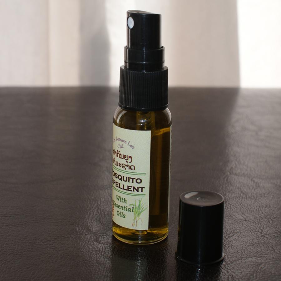 Un repulsif anti moustique 100 naturel for Plante anti moustique naturel
