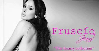 Nicole Minetti: Sexy modella hot per la collezione Fruscìo 2013 (Video)