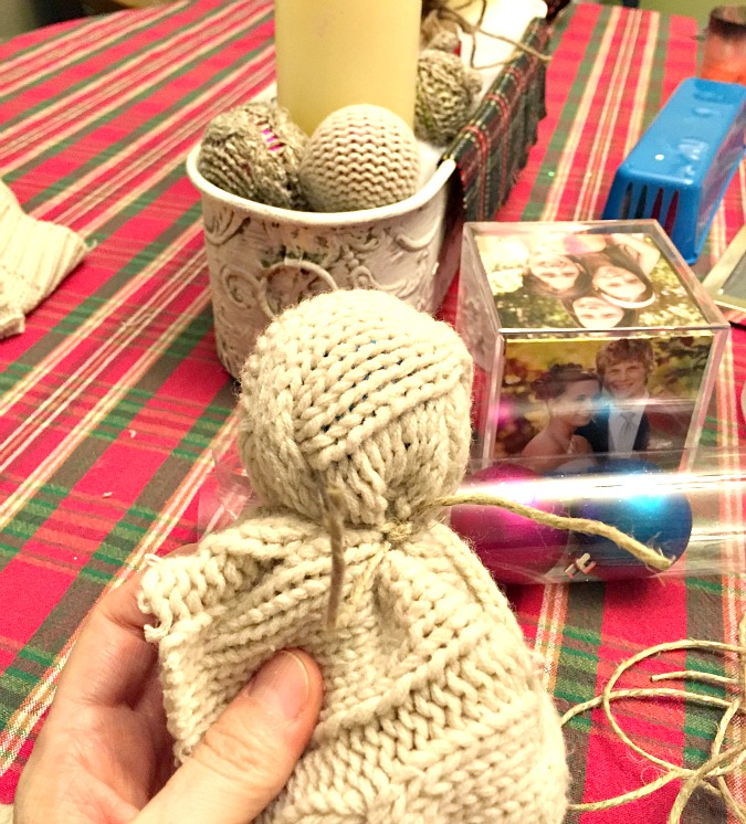 DIY Sweater Christmas bulbs
