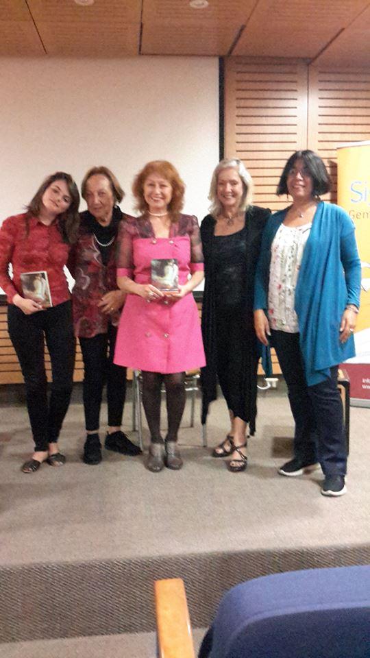 Presentacion de Antologia Poetica femenina Chile-Rumania Vertebral