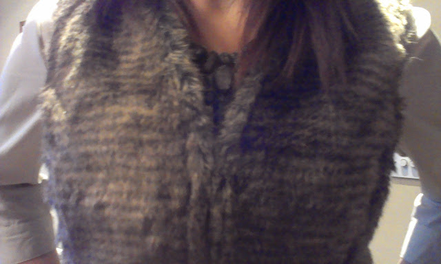 Fur+gilet5 House of Deron Fur Gilet & Zara Spending Ban Fail...