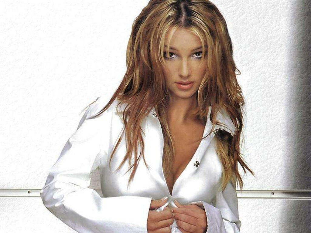 http://2.bp.blogspot.com/-NcILgLXedfw/TiBvp2JFlmI/AAAAAAAAAN8/xB2j32zt71g/s1600/britney_spears.jpg
