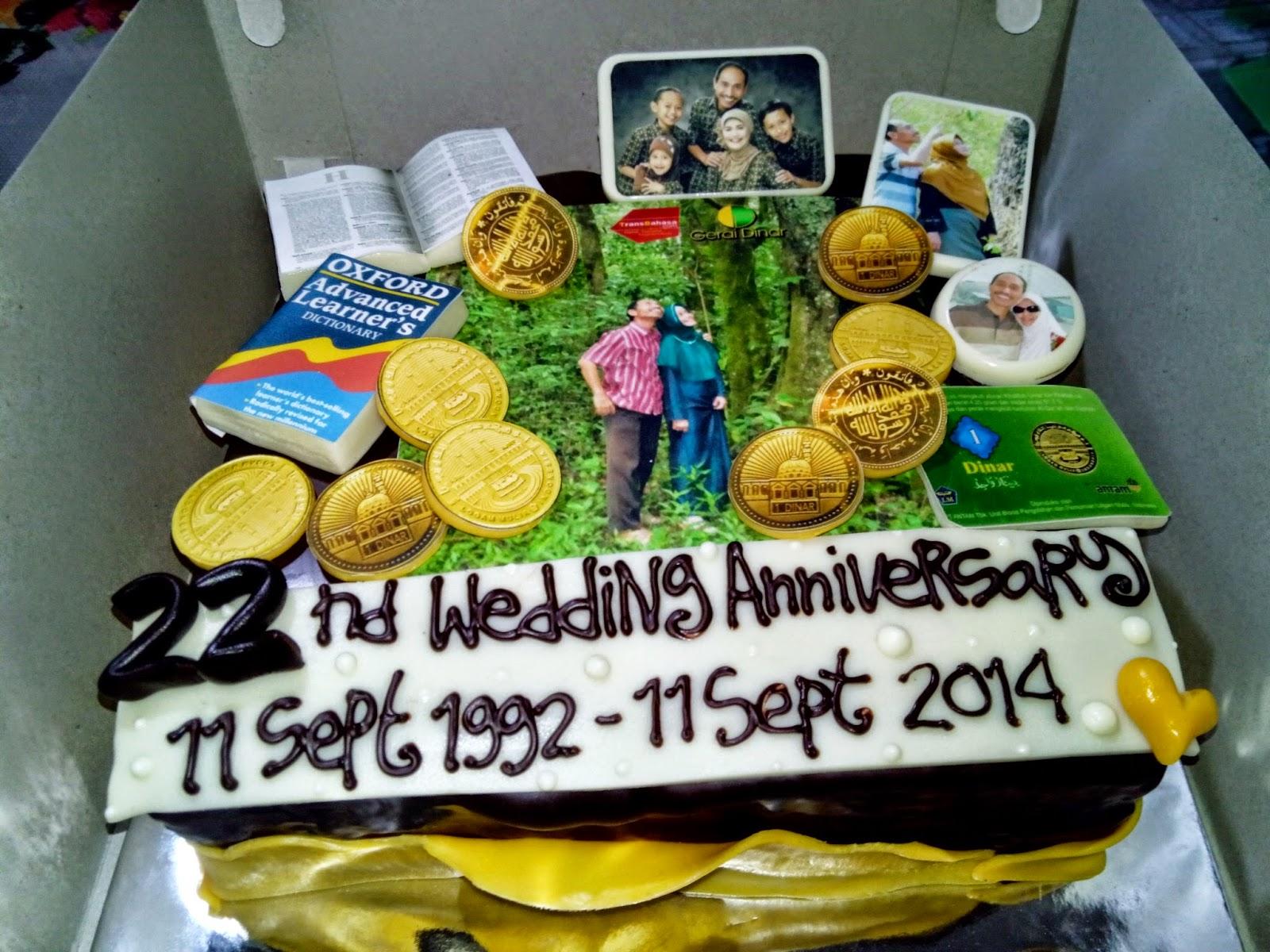 CAKE WEDDING ANNIVCERSARY DI MALANG, TART DI MALANG, 3D CAKE,  GERAI DINAR