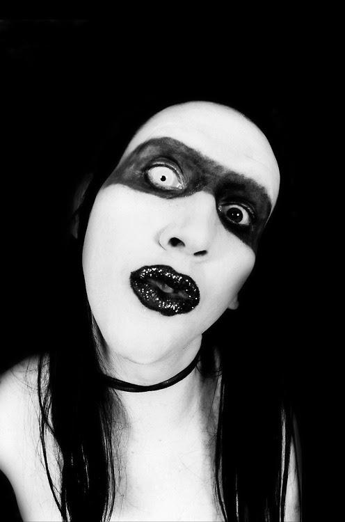 Charles Manson envía una carta a Marilyn Manson