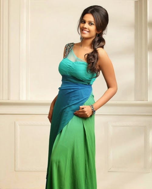 Chandini Actress Navel Show Gallery