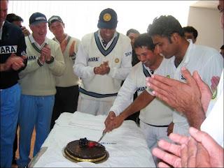 Sachin-Anil-Kumble-Cake