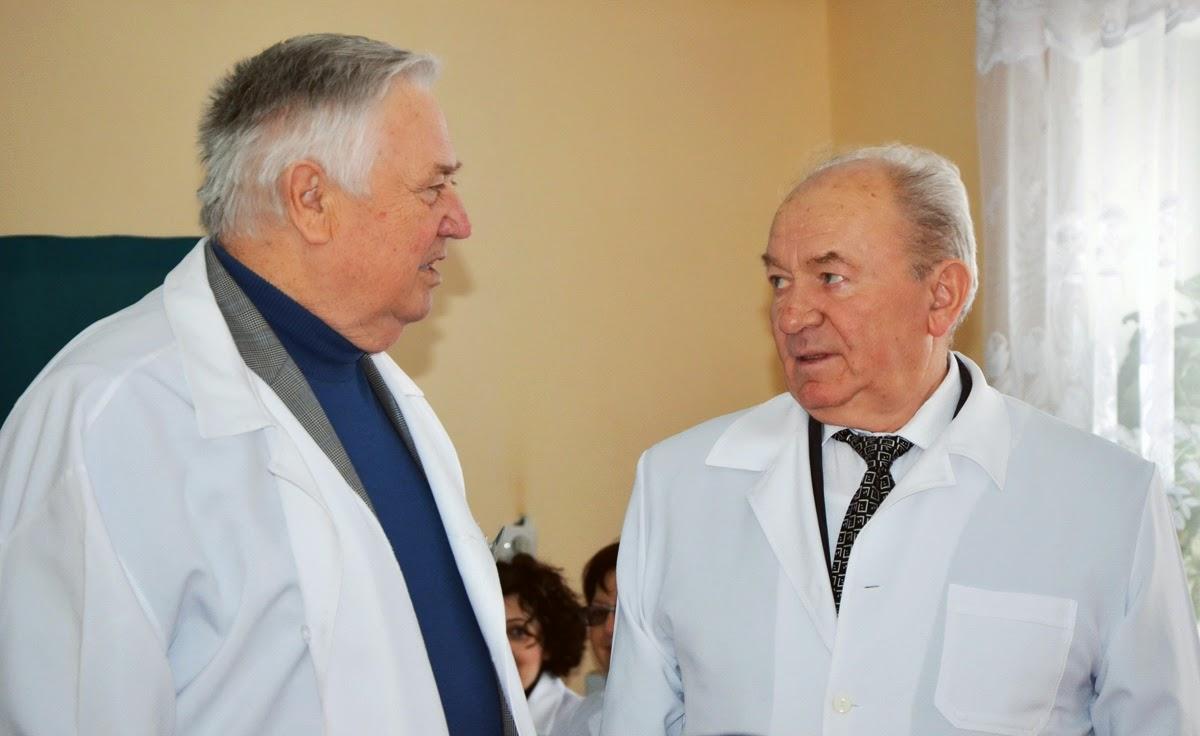 Обмін враженнями від ДЕК між Героєм Соціалістичної праці В.Погорєловим та академіком В.Бородаєм