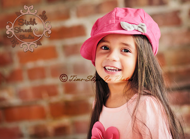 pretty_girl_in_pink_hat