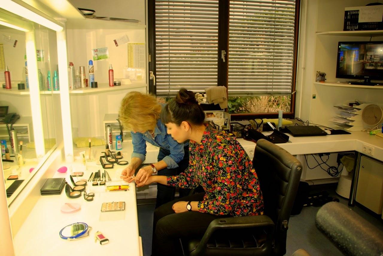 Yoshiko Klein von Noriko handmade live beim ARD-Buffet in Baden-Baden. Behind the scenes. Hinter den Kulissen