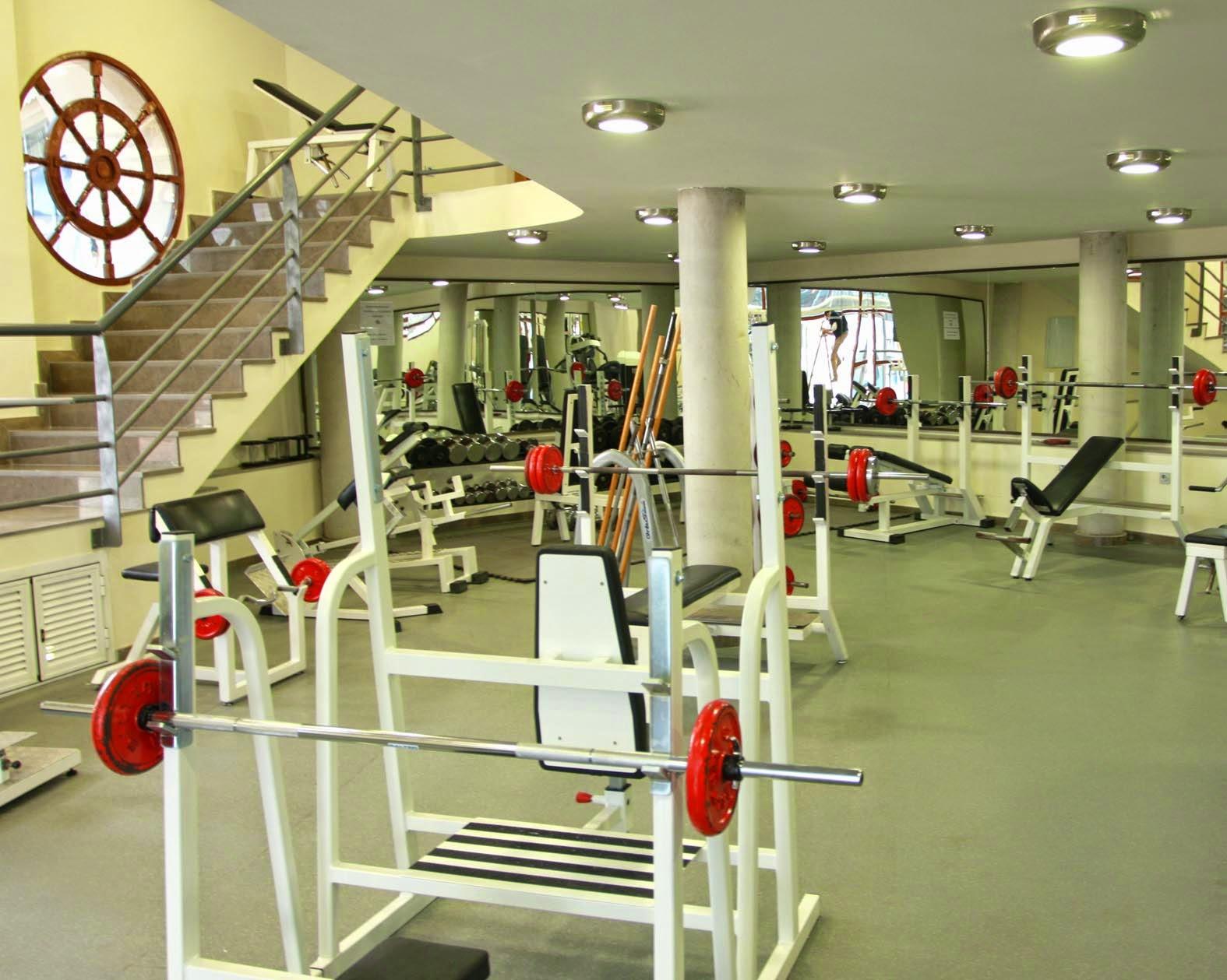 Libro abierto consejos y trucos para ir al gimnasio for Gimnasio abierto