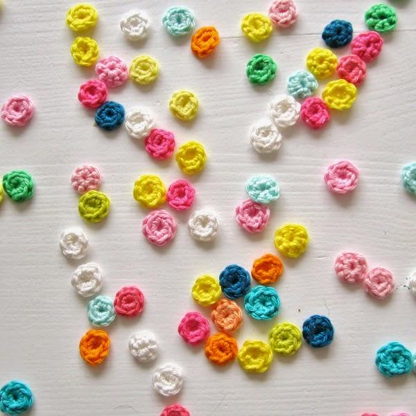 http://2.bp.blogspot.com/-Ne3cmPdfn9w/U_yKwD6yR8I/AAAAAAAADm8/p84G_vkvM2k/s1600/C'nC-ConfettiTutorial-1.jpg