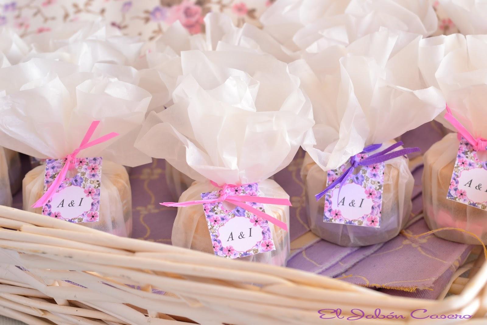 Detalles de boda bálsamos naturales personalizados