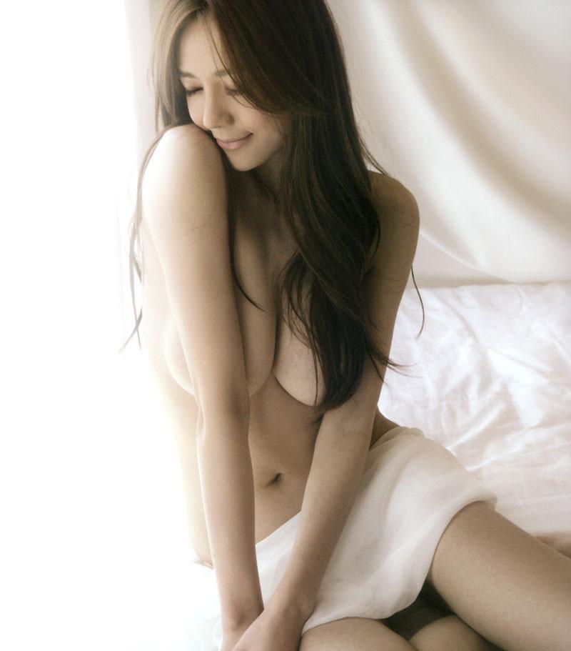 Girl xinh Zhou Weitong quá gợi cảm