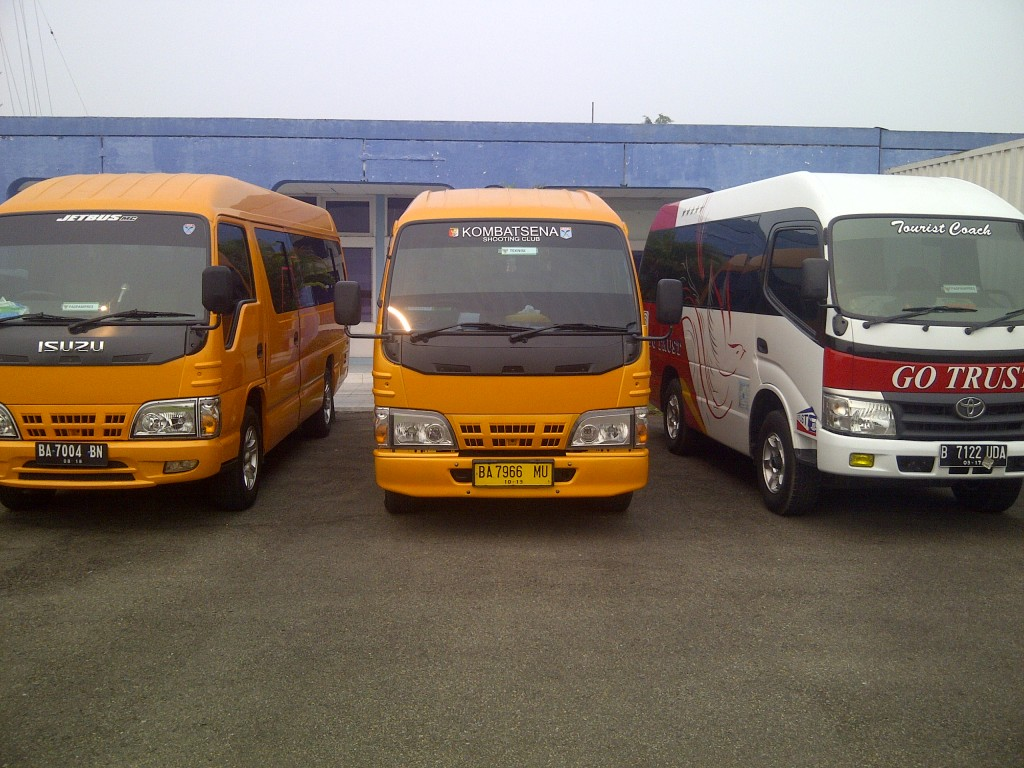 Tourist Bus Rental Car mickro