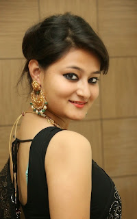 Nilofar Latest Pictures in Saree at Hiya Jewellers Curtain Raiser ~ Celebs Next