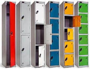 *Locker Tempat Penyimpanan Untuk Barang-Barang Karyawan*