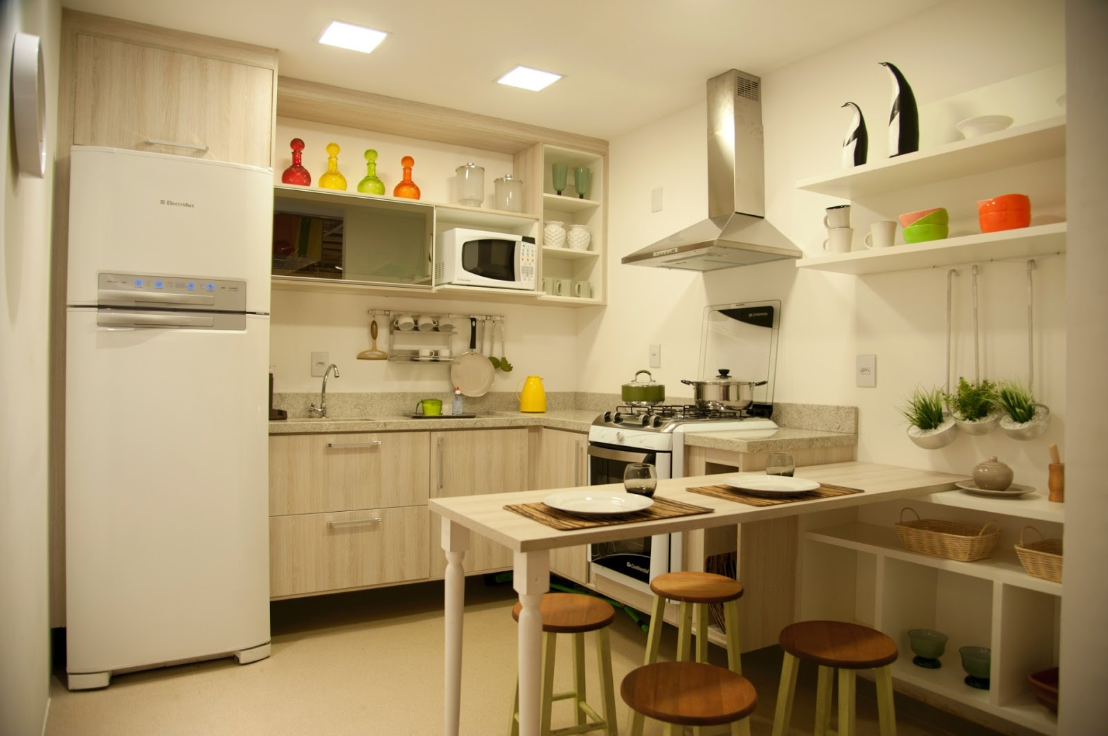 #C1370A DICAS de como usar Balcões na sua Cozinha Americana Amando  1600x1064 px Decoração Cozinha Idéias_938 Imagens
