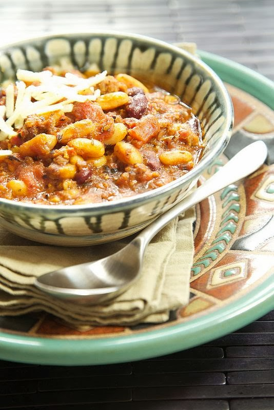 Slow Cooker Italian Chili from Apron Strings featured on SlowCookerFromScratch.com