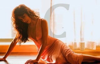 Chitrangada-Singh-in-sexy-gown-in-Maxim-Magazine