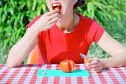 Tomat - Makanan yang Dapat Meningkatkan SPF Alami Kulit
