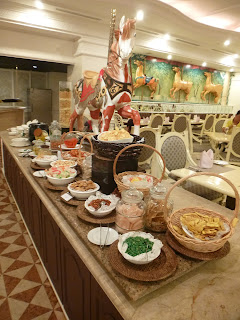 Carousel, Palace of the Golden Horses, Mines, buffet, ramadan, fasting month