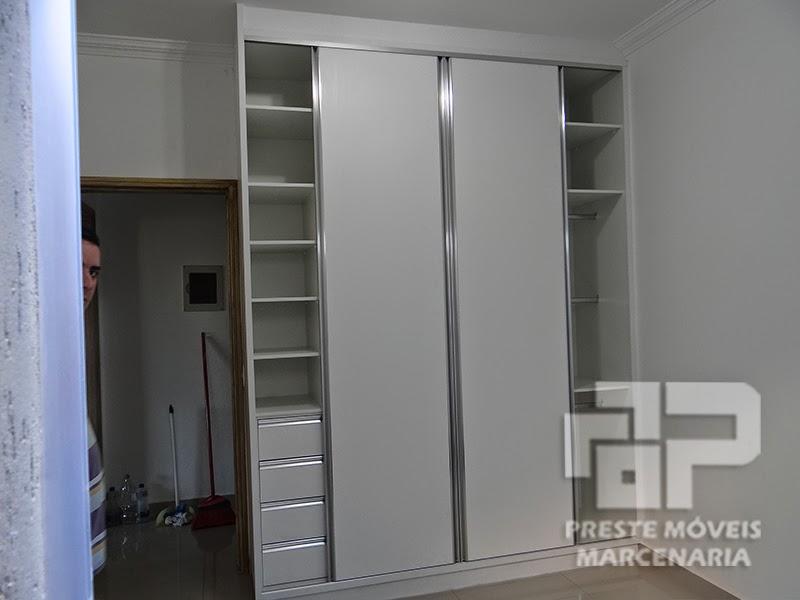 Artesanato Viviane Magalhães ~ PresteMóveis Armário para quarto de beb u00ea em mdf branco diamante