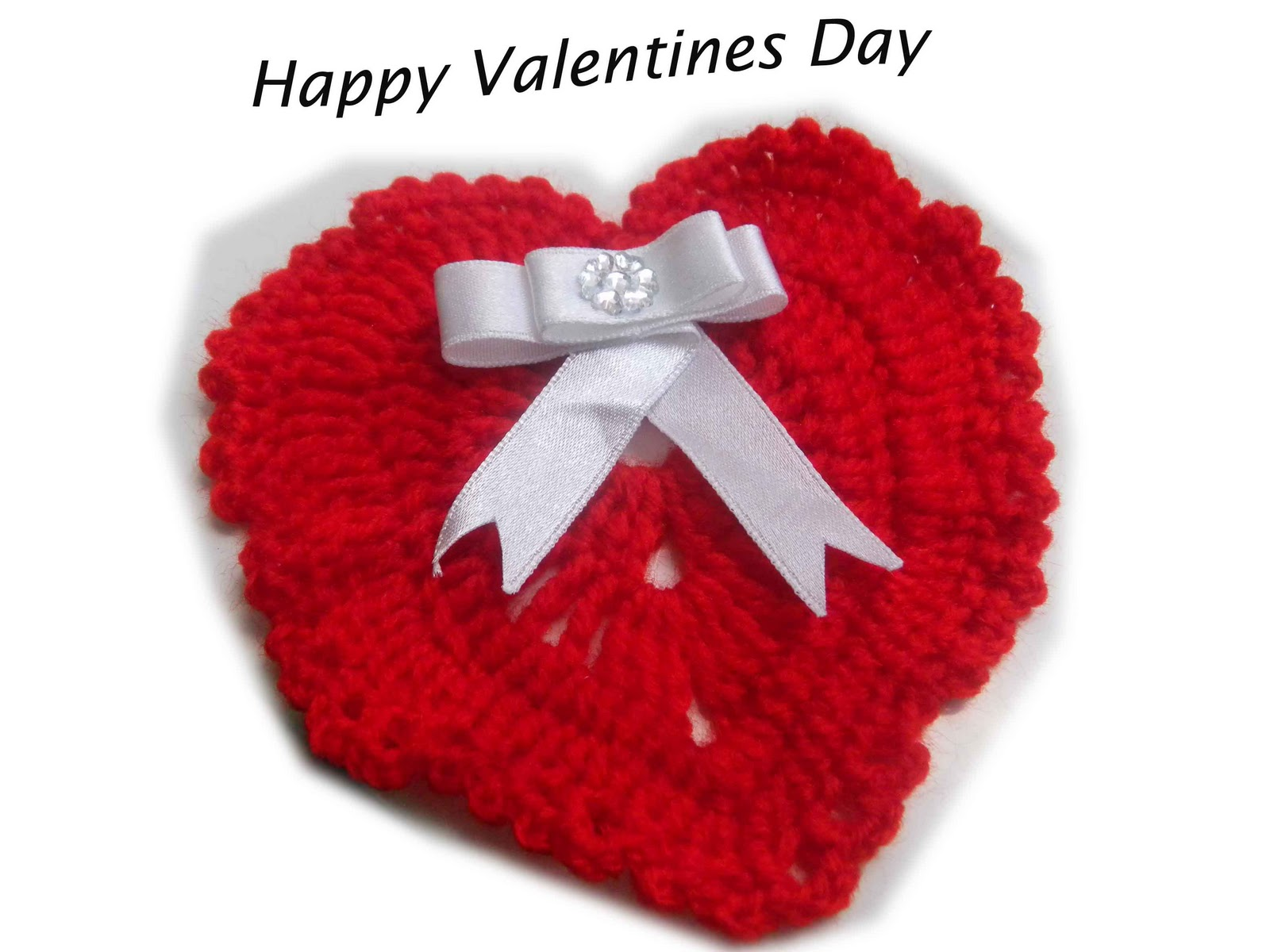 ... is a handmade crochet card for valentines day.....how is my atttempt