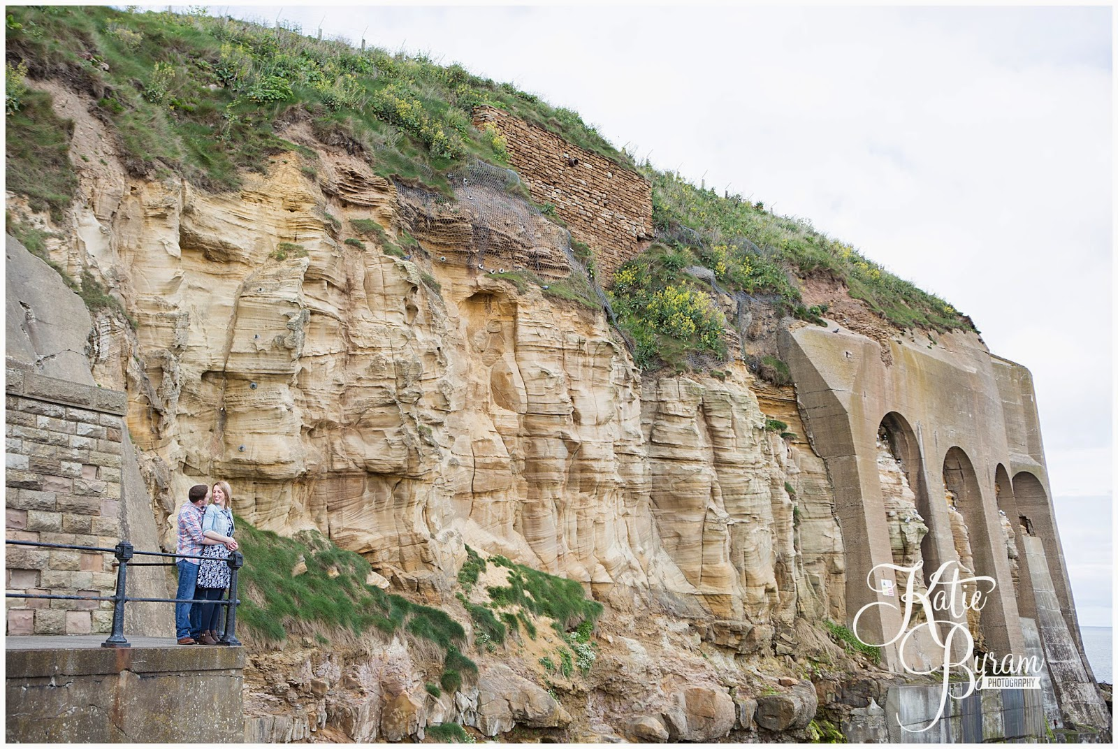 tynemouth wedding, tynemouth pre-wedding shoot, tynemouth engagement, wedding venues tynemouth, katie byram photography, engagement shoot beach, huge balloon,