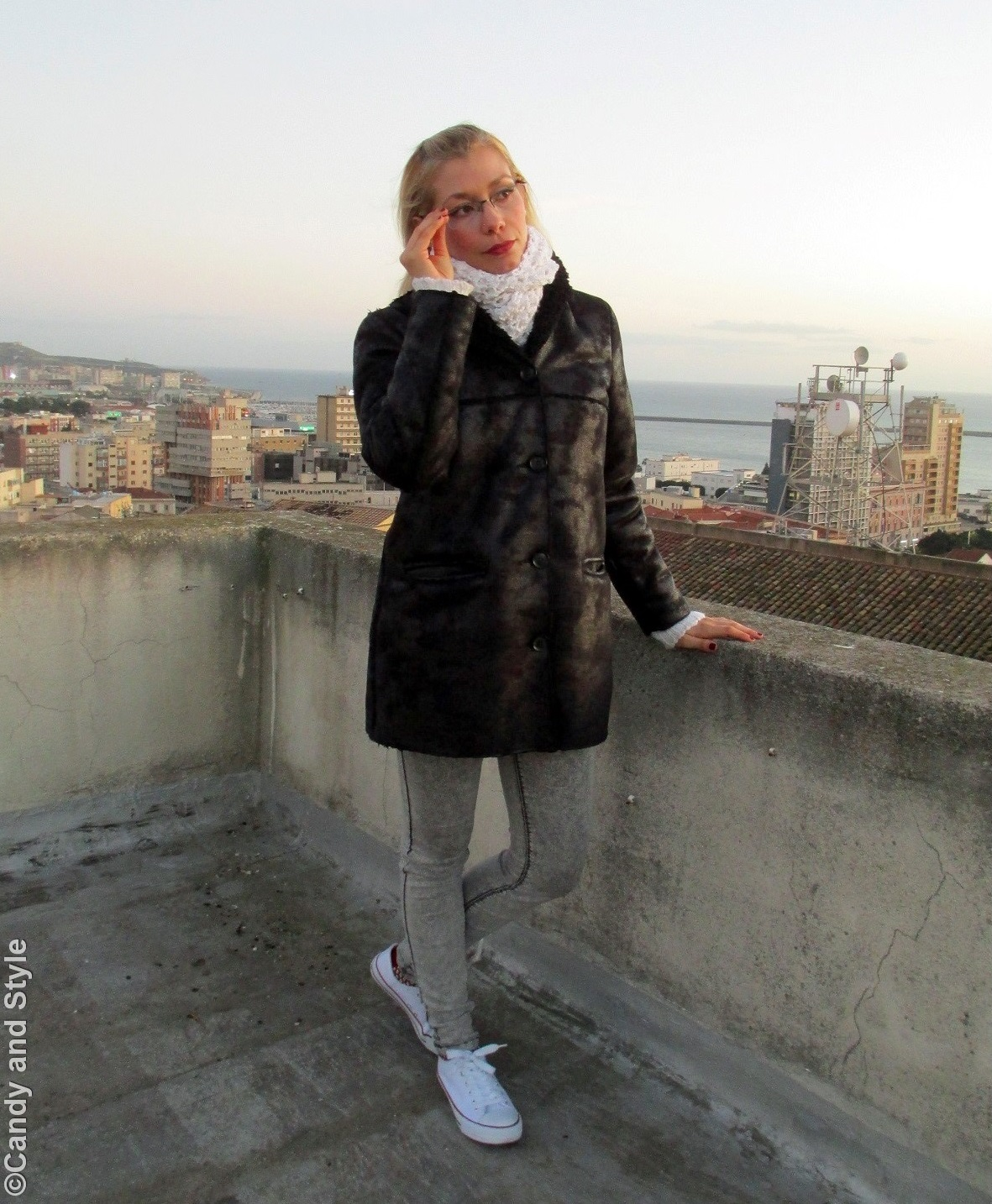 ShearlingJacket, Turtleneck Sweater, Jeggings, Sneakers - Lilli Candy and Style Fashion Blog