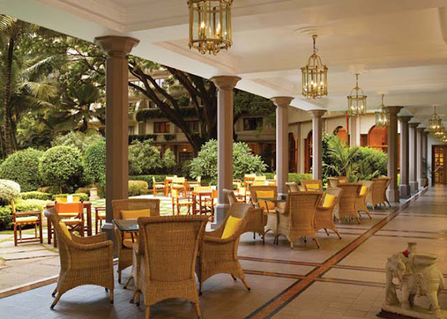 Luxury hotels in india july 2012 for Cantigny le jardin