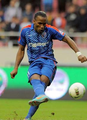 Didier Drogba regresaría al fútbol de Europa