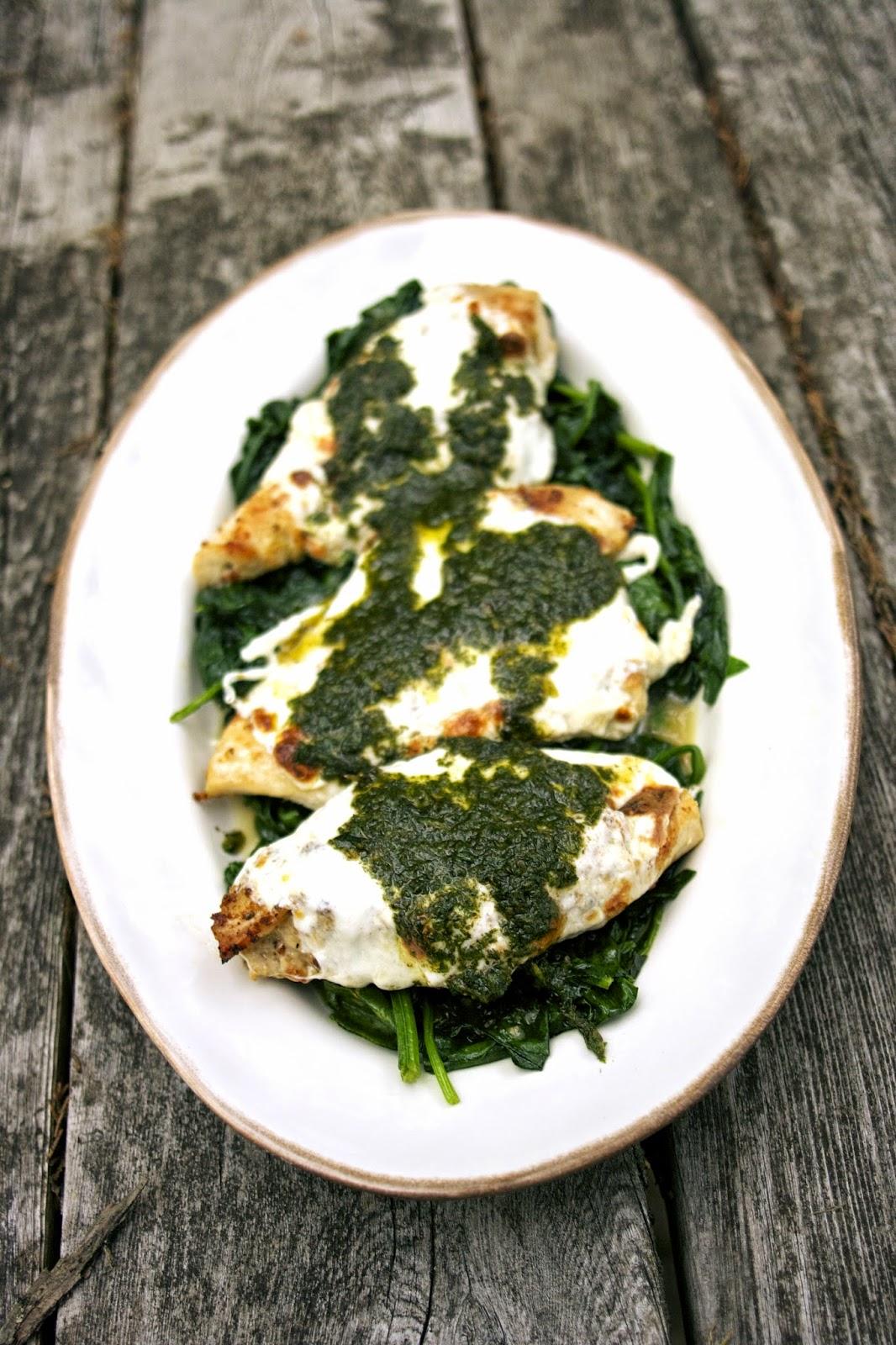 Garlic Chicken w/ Mozzarella & Mint Pesto: simplelivingeating.com