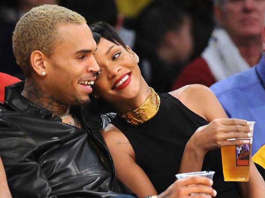 Chris Brown invita a Rihanna a pasar tiempo con su hija
