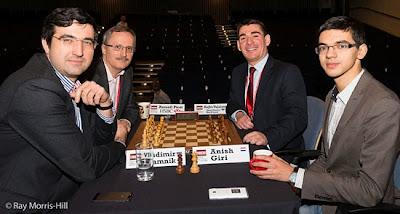 Mardi, dans le tournoi d'échecs ProBiz, la paire Anish Giri-Rajko Vujatovic a battu en finale le duo Russell Picot-Vladimir Kramnik au départage - Photo © site officiel