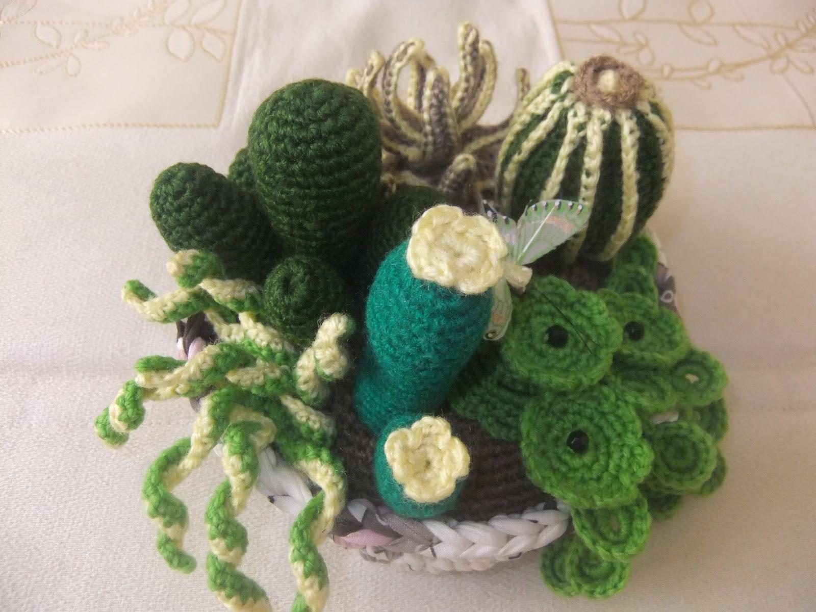 Tu moda en complementos hechos a mano cactus de ganchillo - Centros de mesa de ganchillo ...