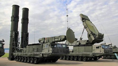 El s 300 es una familia de sistemas de lanzamiento de misiles tierra