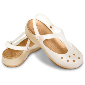 sandal crocs cewek putih